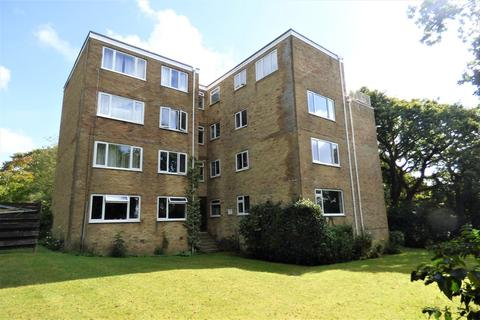 2 bedroom flat for sale - Steepdene, Lower Parkstone