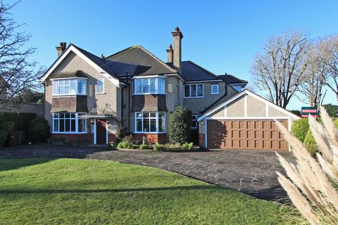 5 bedroom detached house for sale - South Cheam
