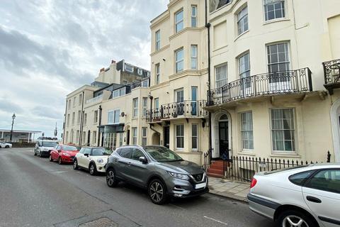 1 bedroom apartment - West Buildings, Worthing, West Sussex, BN11