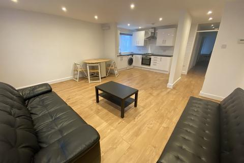 2 bedroom flat to rent - Avenue Road, Clarendon Park, Leicester