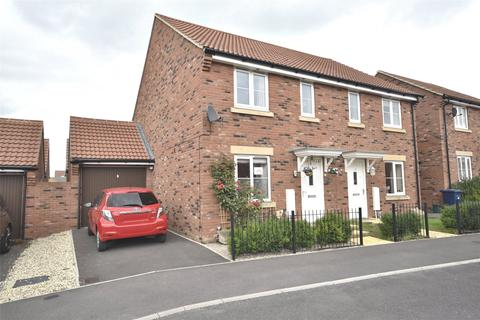 3 bedroom semi-detached house to rent - Tawny Close, Bishops Cleeve, Cheltenham, Gloucestershire, GL52