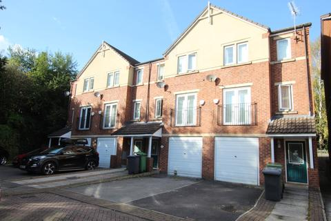 3 bedroom townhouse for sale - Fielding Way, , Morley, LS27 9AB