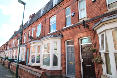 3 bedroom house to rent - Forest Fields, Nottingham ,