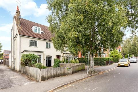 2 bedroom flat for sale - Hallowell Road, Northwood, Middlesex, HA6