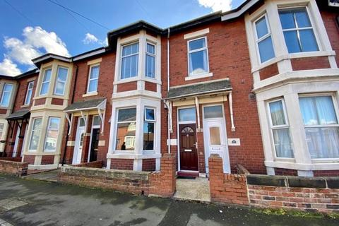 2 bedroom apartment for sale - St. Johns Terrace, North Shields