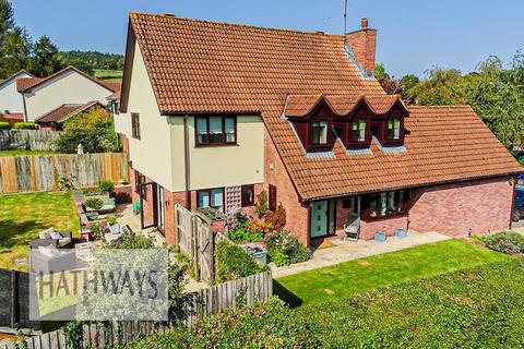 4 bedroom detached house for sale - The Chase Ton Road, Usk