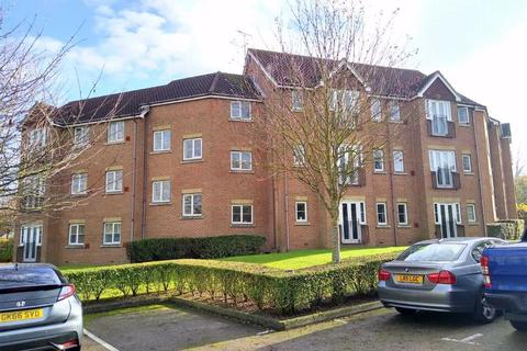 2 bedroom flat for sale - Guinness Drive, Wainscott, Rochester