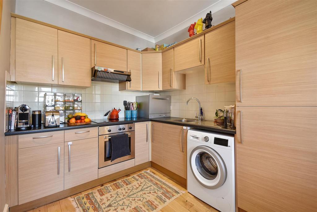 Hazlett House   Kitchen B1 (2).jpg