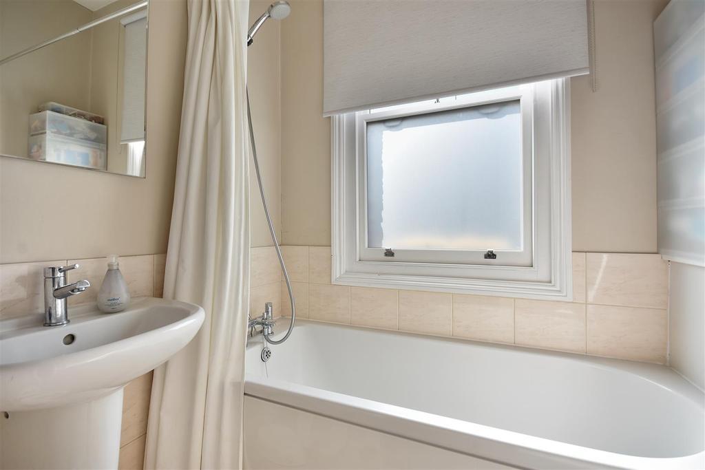 Hazlett House   Bathroom3 (2).jpg
