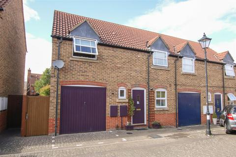 3 bedroom semi-detached house for sale - Hampstead Close, Aylesbury