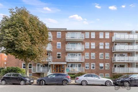 2 bedroom flat - Hatfield Court, 35 Salisbury Road, Hove, East Sussex