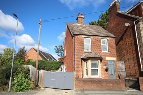 2 bedroom detached house for sale - Tollgate Road, Salisbury