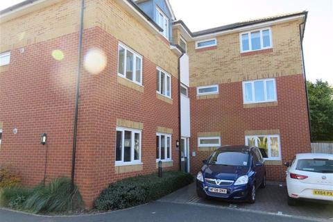 2 bedroom flat to rent - South Street, Taunton
