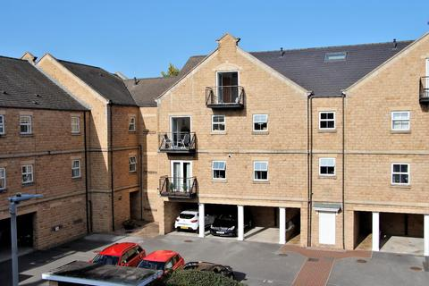 2 bedroom apartment for sale - Narrowboat Wharf, Rodley
