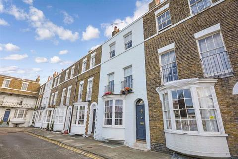 3 bedroom terraced house for sale - Spencer Square, Ramsgate, Kent