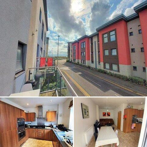 4 bedroom townhouse for sale - Marina Villas Trawler Road, Marina, Swansea