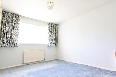 2 bedroom flat to rent - Freshfield Drive, Southgate, N14