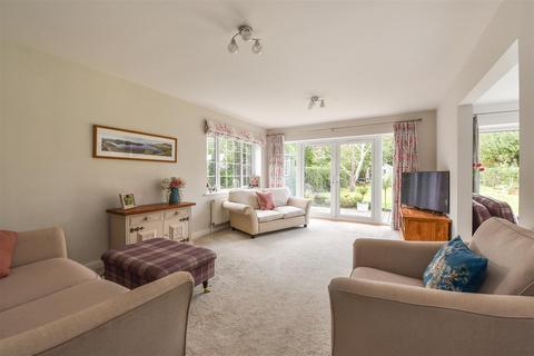 4 bedroom detached bungalow for sale - Hook Lane, Aldingbourne