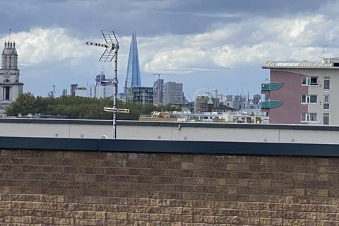 2 bedroom flat for sale - Lucienne Court, Lindfield Street, London, London, E14