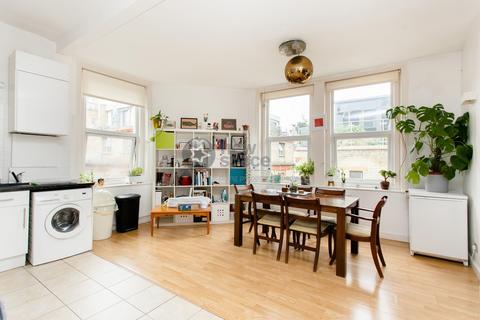 2 bedroom flat to rent - Rampart Court, Rampart Street, Whitechapel, E1