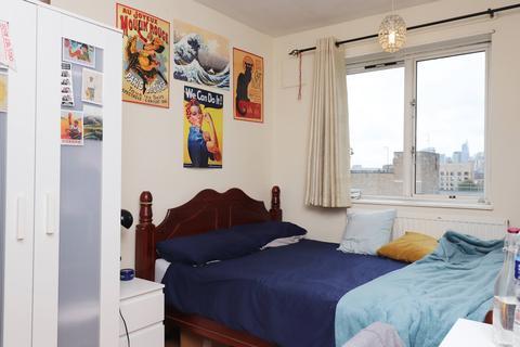 1 bedroom flat share to rent - Harriott House, Jamaica Street, Stepney Green, London E1