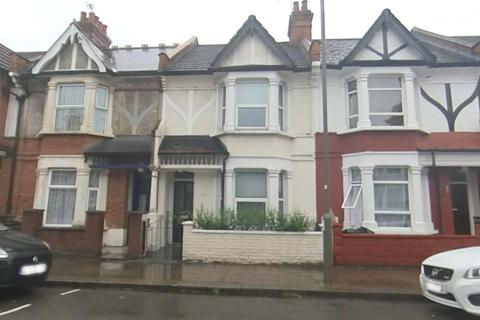 3 bedroom terraced house for sale - Valnay Street, SW17
