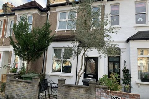 3 bedroom terraced house to rent - Brightside Road, London, se13