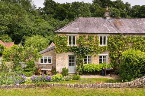 2 bedroom house to rent - West Kington