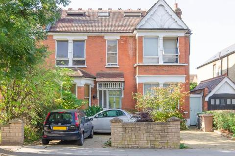 5 bedroom semi-detached house for sale - Maidstone Rd, N11