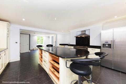 5 bedroom semi-detached house to rent - Ridgway,