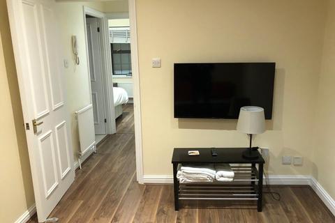 1 bedroom apartment to rent - Clarendon Road, W11