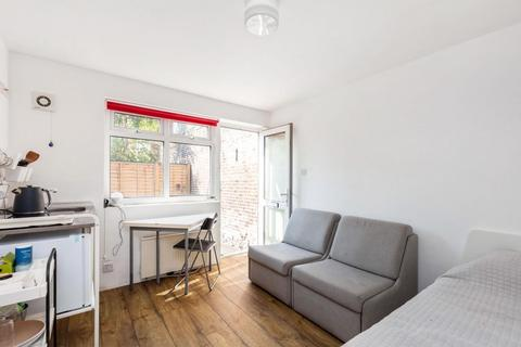 Studio for sale - Thames Road, Chiswick, W4