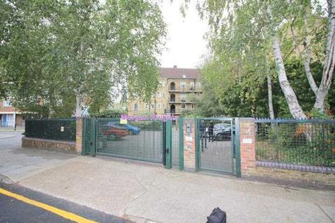 3 bedroom apartment to rent - Birchfield Street, Poplar, E14