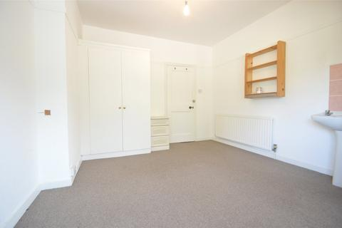 1 bedroom apartment to rent - Pinkneys Road, Maidenhead, Berkshire, SL6