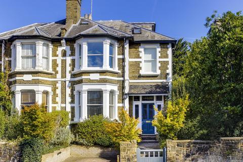 4 bedroom semi-detached house for sale - Colney Hatch Lane, London