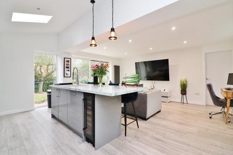 3 bedroom detached house for sale - Nymet, Belgrave