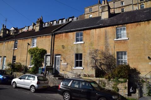 3 bedroom terraced house - Entry Hill, Bath