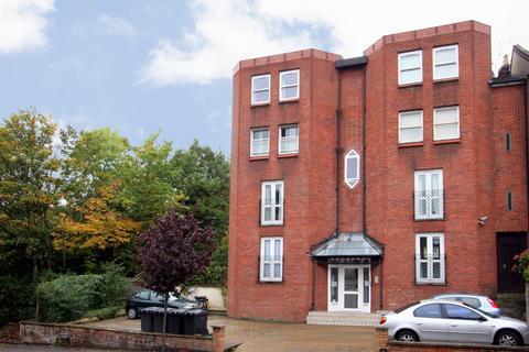 1 bedroom flat for sale - Park House, Park Avenue, London, N22