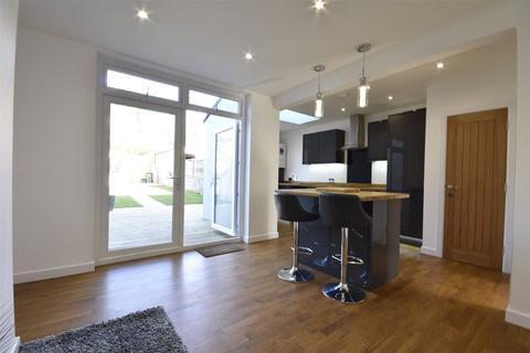 3 bedroom terraced house for sale - Swiss Drive, Ashton Vale, Bristol, Somerset, BS3