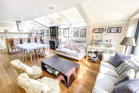 4 bedroom terraced house for sale - Chaldon Road, London, SW6