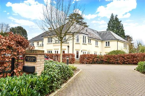 2 bedroom apartment to rent - Kirtling Place, 52 Chilbolton Avenue, Winchester, Hampshire, SO22