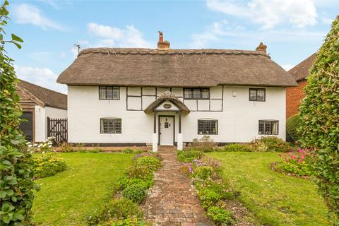 3 bedroom character property for sale - Main Street, Weston Turville, Aylesbury, Buckinghamshire, HP22