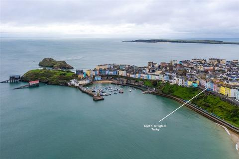 2 bedroom flat for sale - High Street, Tenby, Pembrokeshire, SA70