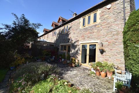 3 bedroom property for sale - Abbots Road Hanham