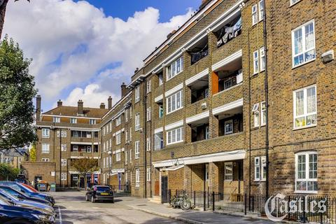 3 bedroom apartment for sale - Greenham House, Templecombe Road, London