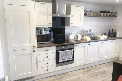 2 bedroom flat to rent - High Street, Sevenoaks TN13 1XE