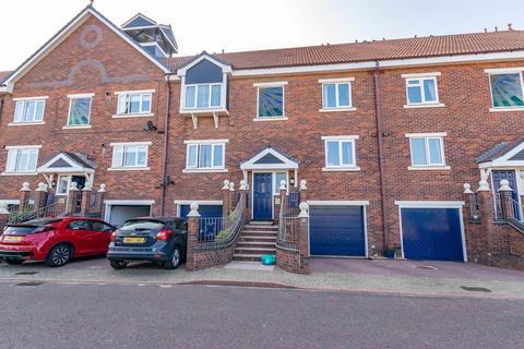 2 bedroom apartment - Summerfields, Lytham St Annes, FY8