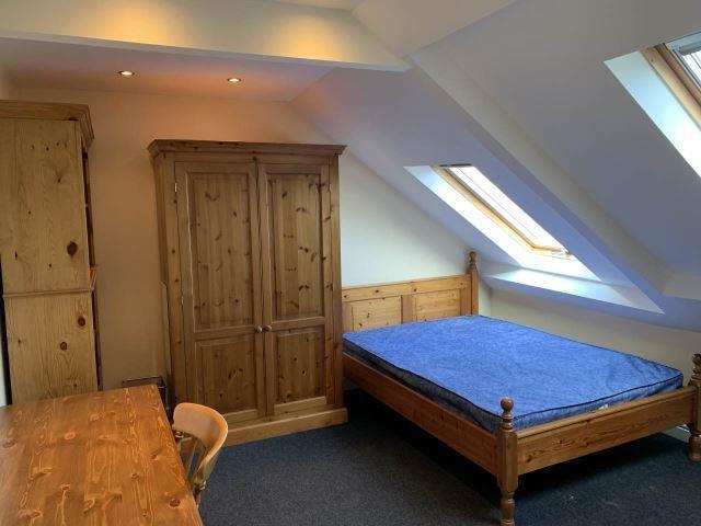 244 westgate road bedroom .jpg