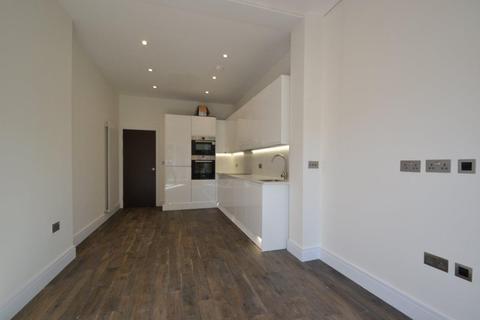 2 bedroom flat to rent - Lammas Park Road, Ealing, W5