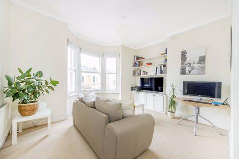 1 bedroom flat for sale - Hambalt Road, Clapham, London
